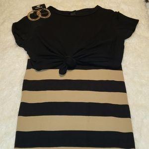 Old Navy Tan and Black Mini Skirt